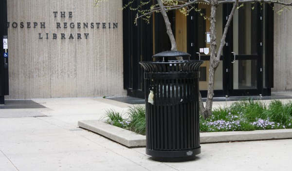 compostable trash bag- Regenstein.jpg